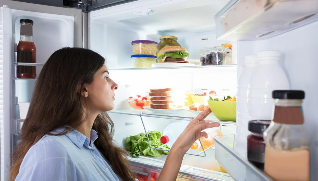– En person som har veid 80 kilo hele livet kan spise mer enn en person som har blitt 80 kilo etter å ha slanket seg. Forskjellen i mengden mat kan være cirka 400 kilokalorier som utgjør en god frokost eller fire bananer, forklarer forsker. (Illustrasjonsfoto: Shutterstock / NTB Scanpix)