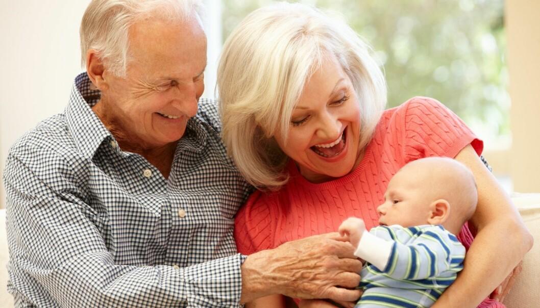 Vi blir stadig eldre her i landet. En gutt som fødes i år, kan regne med å bli nesten 81 år gammel. (Foto: Jan Haas, NTB scanpix)