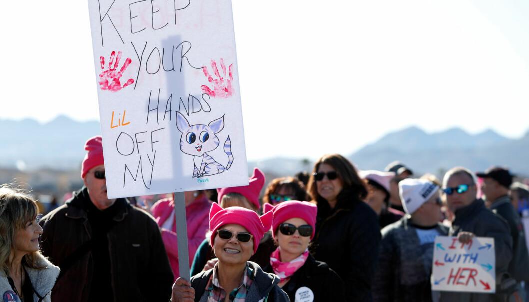– Et nytt markant trekk er den massive mobiliseringen for feminisme i sosiale medier. Dette så vi i #Metoo-kampanjen, og vi så det i demonstrasjonene da Donald Trump ble innsatt som president, sier forsker. (Foto: Steve Marcus / Reuters / NTB Scanpix)