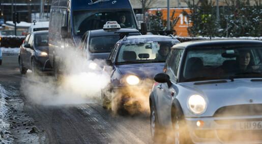 Du puster forurenset luft også inne i bilen
