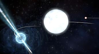 Stjernetrio bekrefter Einstein-teori