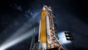 Space Launch System er ikke klar for prøveoppskytning før tidligst desember 2019. Dette er bare en illustrasjon. De to siderakettene er hentet fra bæreraketten til romferga. Ingen deler av SLS er gjenbrukbare. Derfor blir raketten svært dyr. Hver oppskytning vil koste rundt en milliard dollar. (Illustrasjon: NASA/Marshall Space Flight Center)