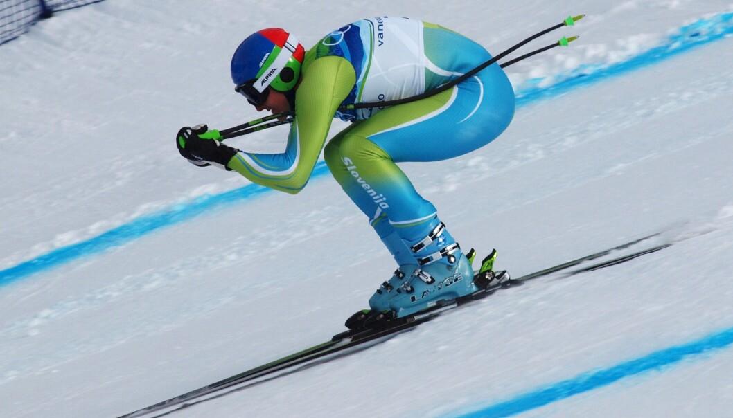 – Alpint, freestyle og snowboard har vesentlig høyere skaderisiko enn langrenn, hopp og kombinert, ifølge Roald Bahr fra Norges idrettshøgskole. Her ser vi Andrej Šporn fra Slovenia i alpinbakken.  (Foto: Jon Wick / Wikimedia Commons)