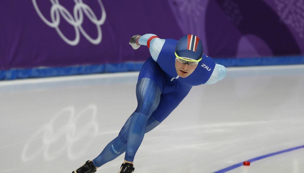 En skøyteløper som trekker første ytre på 1000-meteren, har større sjanse for å tape. Her er Sverre Lunde Pedersen i aksjon på 5000 meter i Gangneung, Sør-Korea. Han tok OL-bronse på distansen.  (Foto: Erik Johansen / NTB scanpix)
