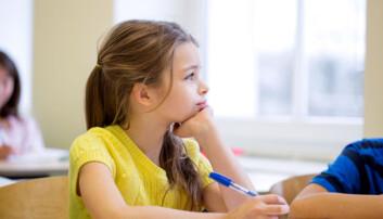 – Hvis du allerede kan lese og skrive når du begynner på skolen, sitter du kanskje og kjeder deg helt til du kommer til videregående – og så møter du veggen, fordi du aldri har lært gode arbeidsvaner, sier forsker. (Illustrasjonsfoto: Colourbox)