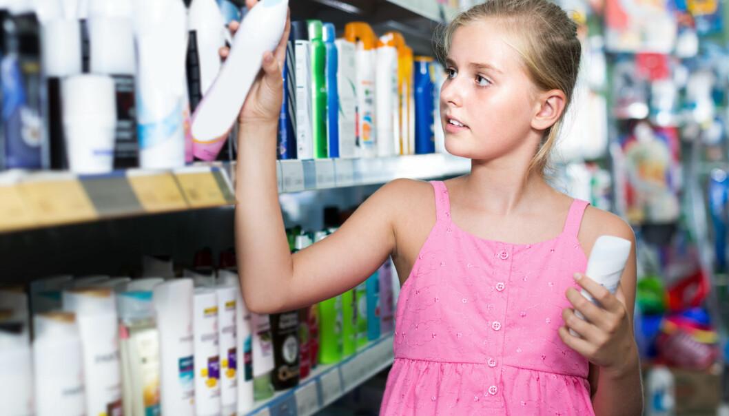 Siloksaner gjør huden myk og håret skinnende. Samtidig er de en trussel mot miljøet. Etter 2020 vil det ikke være lov å bruke mer enn 0,1 prosent av det i hud- og hårpleieprodukter. (Foto: Shutterstock / NTB Scanpix)