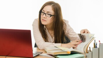 De som får stipend for å ta doktorgrad, vet ikke alltid hva som venter dem og hva arbeidet egentlig går ut på. Mange blir aldri ferdig.  (Foto: Colourbox)