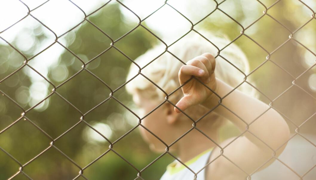 - Barna er uskyldige i foreldrenes lovbrudd, men likevel rammes de av straffen på et vis som ofte skader for livet, skriver Jon Vegard Hugaas. (Foto: Shutterstock / NTB scanpix)