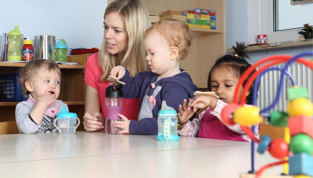 Barn trenger vanligvis ikke noe pedagogisk program for å trene på samvær, mener forsker. – Barn finner ut av hverandre fra toårsalderen av. De leser hverandres intensjoner, ønsker og opplevelser.  (Illustrasjonsfoto: Shutterstock / NTB Scanpix)