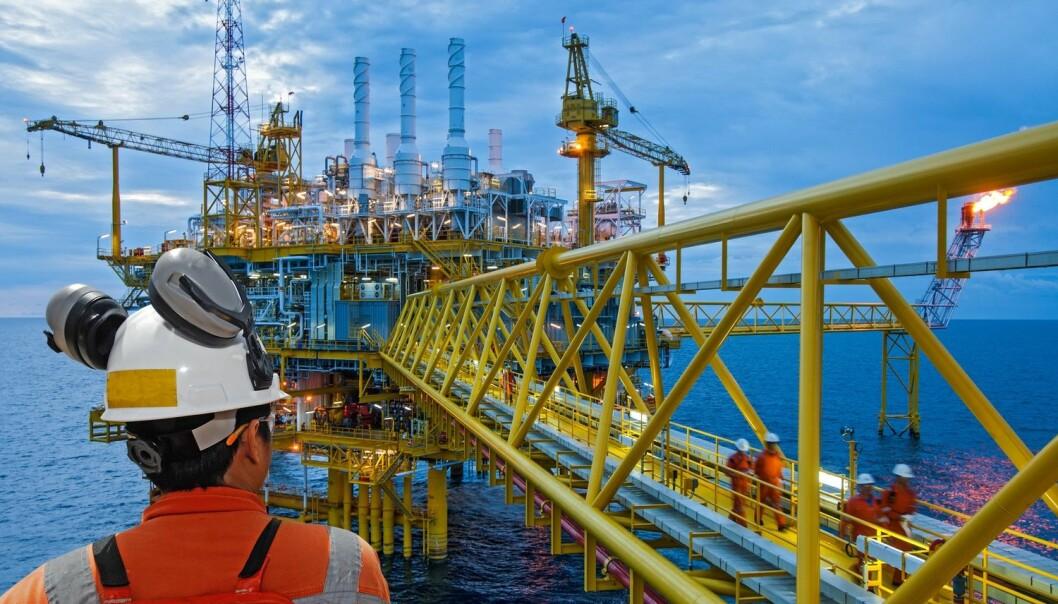 Olje- og gassindustrien er nummer to på listen over bransjer med mest kjønnsskjevhet på ledernivået i norsk arbeidsliv. Likevel er kjønn et ikke-tema blant bransjens ledere, ifølge forskere. (Foto: think4photop, Shutterstock, NTB scanpix)