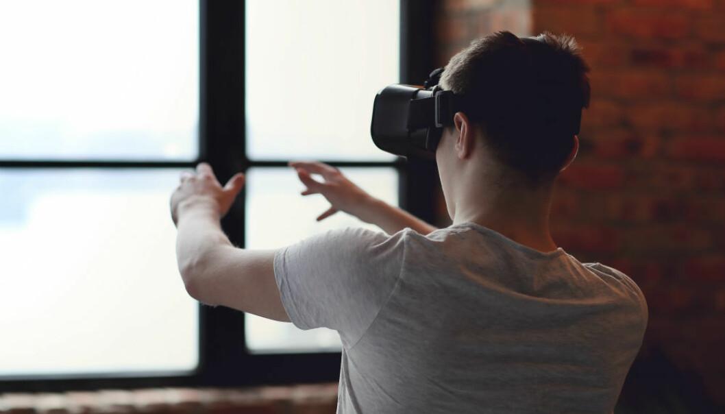 VR blir i dag brukt i medisinsk behandling som stressavlasting for kreftpasientar, mot fobiar eller som smertelindring ved brannskadar, der pasientar speler i VR under smertefull behandling, som ved skifte av bandasje. (Illustrasjonsfoto: Colourbox)