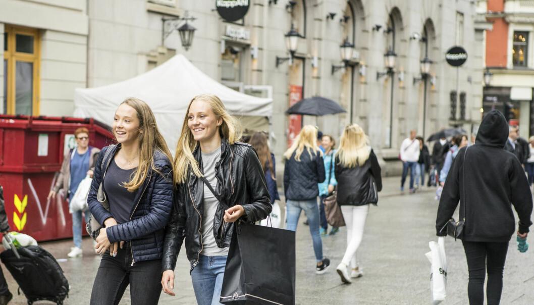 – De drømmer om velstand og det gode liv, men vet samtidig at det er nødvendig å legge om livsstilen, sier forsker som har snakket med ungdommer Oslo. (Foto: Thomas Brun / NTB scanpix)
