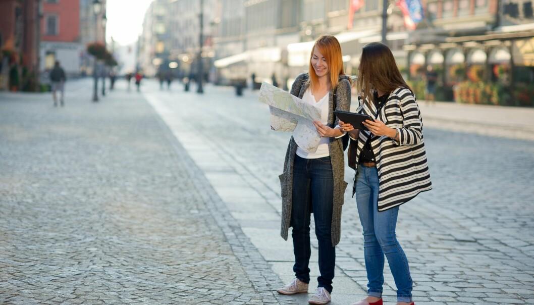 Noen av oss er såkalte polyglotter, som kan lære oss deler av et språk fort før vi drar på ferie. Men for resten av oss er det nok ikke så lett. (Illustrasjonsfoto: unguryanu, Shutterstock, NTB scanpix)
