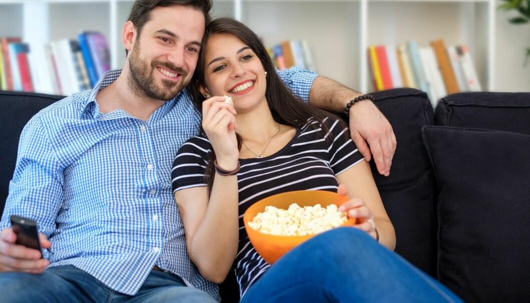De romantiske komediene kretser rundt ekteskapet som den endelige bekreftelsen på ekte eller uekte kjærlighet. Formålet er å finne ut hva som er ekte og hva som er uekte vare.  (Foto: Shutterstock, NTB Scanpix)
