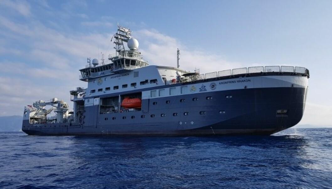 «Kronprins Haakon» ankom Bergen som første havn i Norge, men skal ha sin hjemmehavn i Tromsø. (Foto: Kjartan Mæstad)