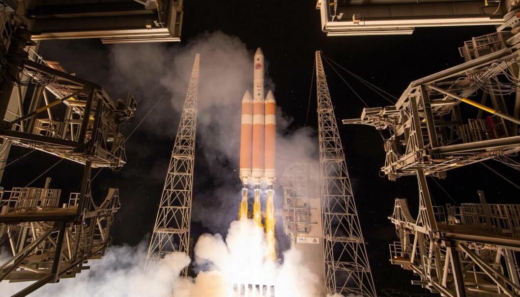 Parker-sonden kommer til å nå en hastighet på over 720.000 kilometer i timen, noe som gjør det til tidenes raskeste menneskeskapte objekt. (Foto: Bill Ingalls / AFP / NTB scanpix)