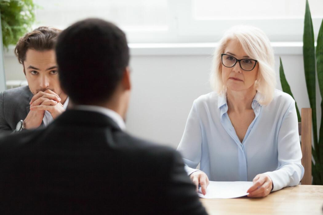 – Erfaring gjør nok at du føler deg tryggere i rollen som rekrutterer, men det betyr ikke nødvendigvis at du blir flinkere til å vurdere kandidatene, mener forsker. (Illustrasjonsfoto: Shutterstock / NTB Scanpix)