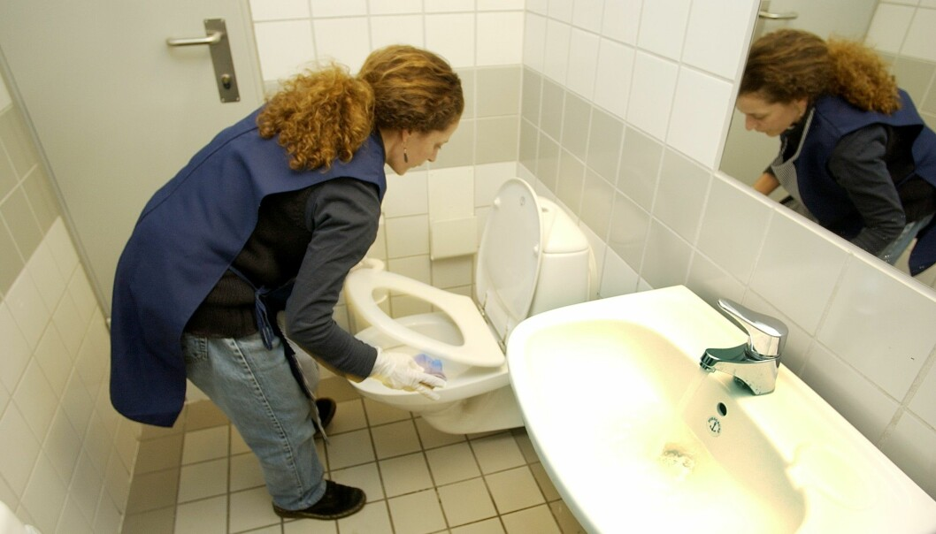 Mange renholdsarbeidere får ikke lønna de har krav på. Det gjelder særlig arbeidstakere fra utlandet, viser en ny rapport. (Illustrasjonsfoto: Thomas Bjørnflaten / NTB scanpix)