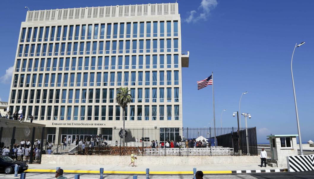 Ansatte på den amerikanske ambassaden i Havanna ble i fjor rammet av hjernerystelseliknende symptomer samtidig som de hørte mystiske lyder. (Foto: Desmond Boylan, AP/NTB scanpix)