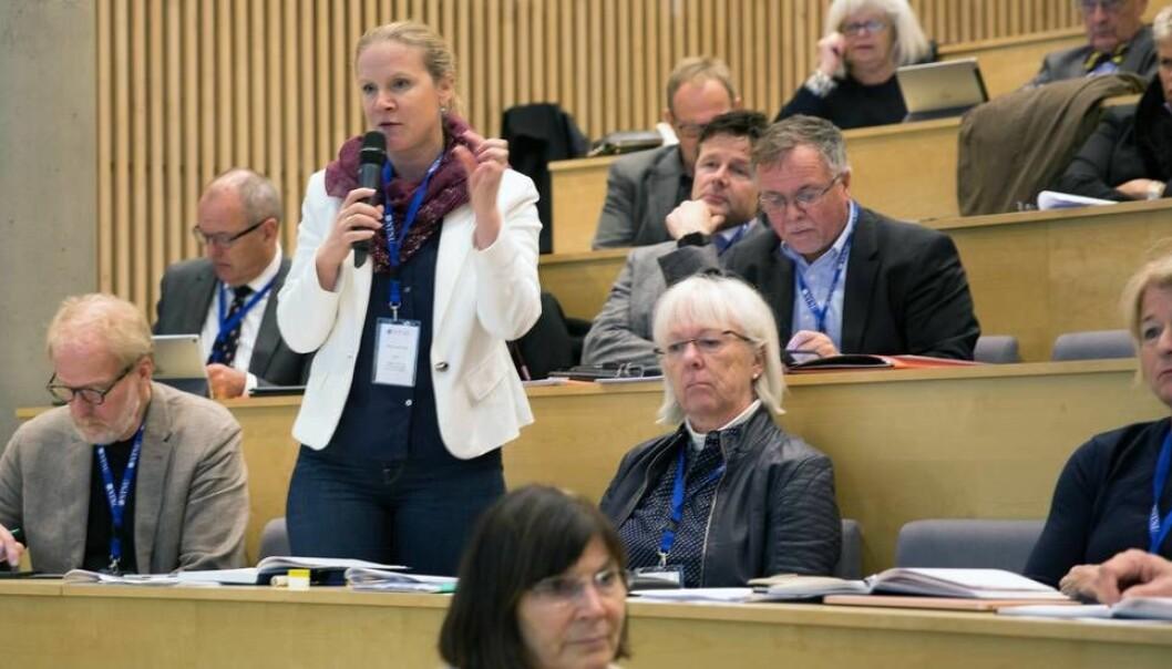 - Jeg er glad for at styret har samlet seg bak et så klart og tydelig vedtak når det gjelder seksuell trakassering, sier UHR-leder Mari Sundli Tveit, her under representantskapsmøtet i Trondheim for et år siden. (Foto: Tore Oksholen)