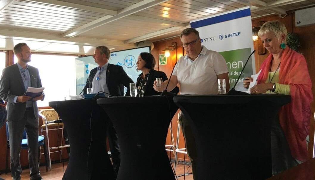 Etter fagpraten lot vi politikerne ta debatten om energipolitikken vår. (Foto: Hege Tunstad / NTNU Energi)