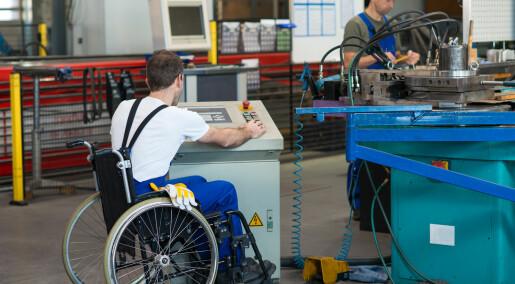 Forskere: Slik får vi flere personer med funksjonsnedsettelser i jobb