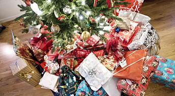 Nå er det stuereint med brukte gaver under treet