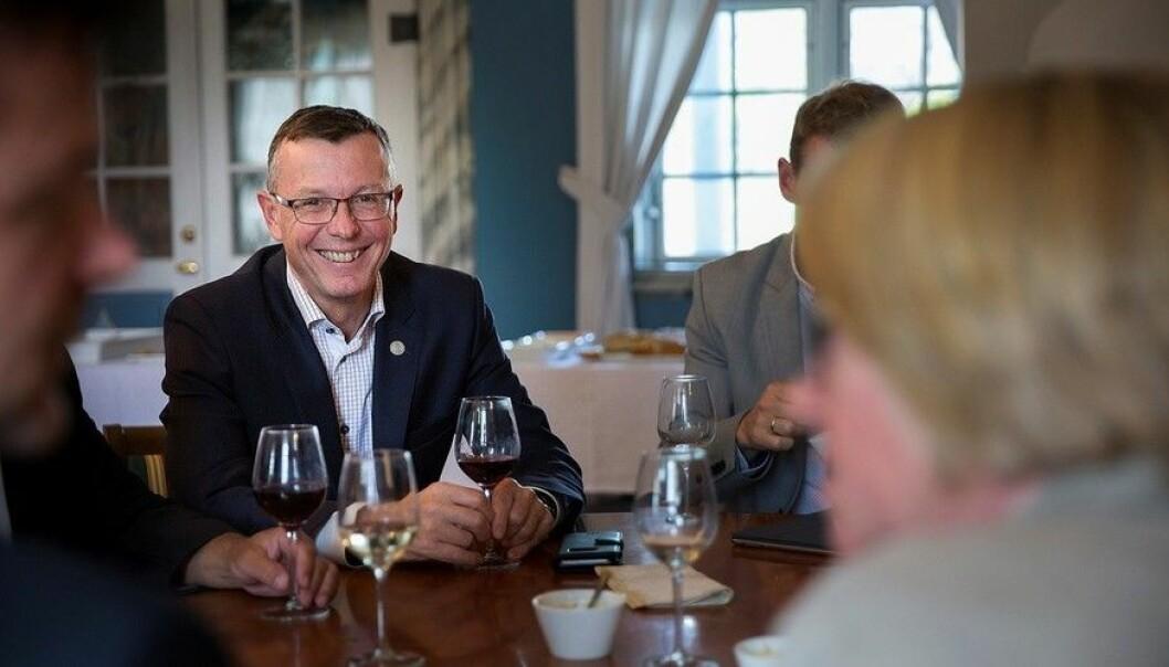 Rektor ved UiB, Dag Rune Olsen, meiner UiB no har eit godt grunnlag for å gå inn i sameigarskap med OsloMet om Khrono. (Foto: Kristoffer Furberg/Universitetsavisa)