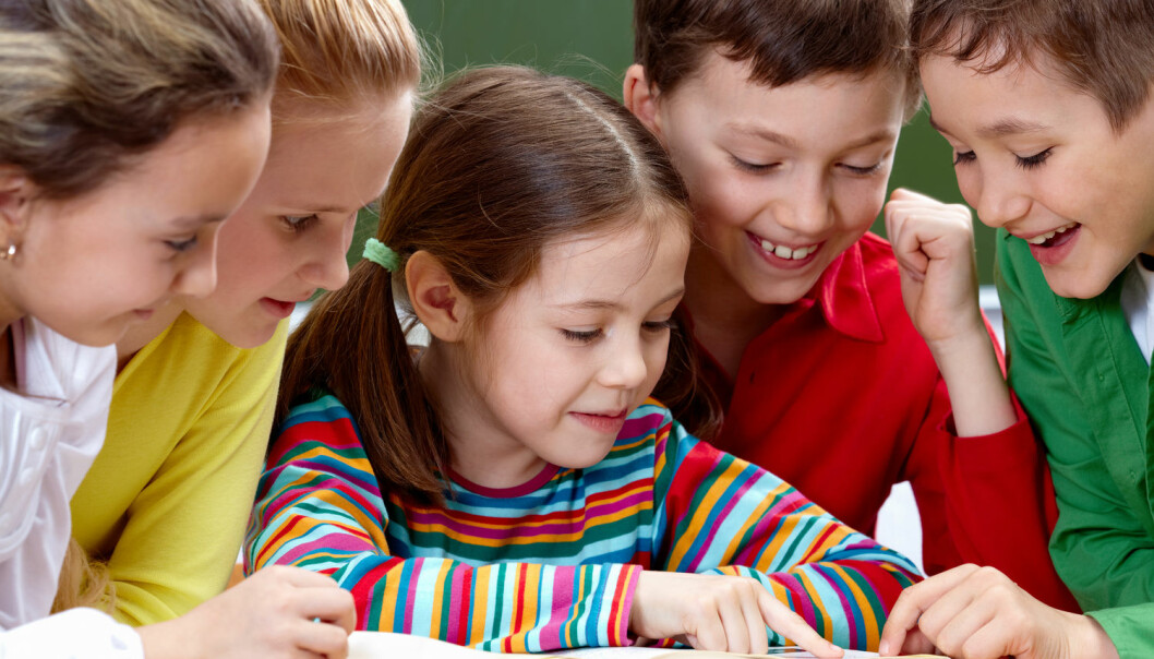 En ny rapport viser at norske elever er blitt mye flinkere til å lese. Forsker mener mye av grunnen er systematisk arbeid med lesing på skolene og meroppmerksomhet på lesing blant foreldre. (Foto: Shutterstock / NTB Scanpix)