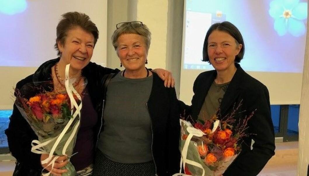 Gunn Engelsrud og Birgit Nordtug har skrevet 2010-tallets beste artikkel i Tidsskrift for Kjønnsforskning. Her med Harriet Bjerrum Nilsen i midten. (Foto: NIH)