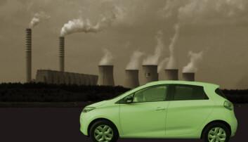 Batterier produsert med skitten kullkraft gjør elbilen mindre klimavennlig. Men hvor mye mindre? Regnestykket er ikke så dystert som kritikere av elbilen vil ha det til, og tallene blir stadig grønnere. (Illustrasjonsbilde: Pibwl, CC-BY 3.0 (kraftverk)/Grey Geezer (bil)