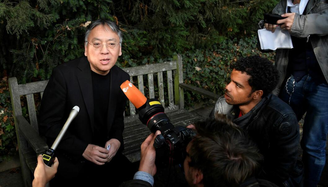 Den britiske forfatteren Kazuo Ishiguro vant Nobels litteraturpris i 2017. Han går rett inn i den lange rekken med engelskspråklige forfattere som har vunnet prisen. (Foto: Toby Melville/ Reuters / NTB scanpix)