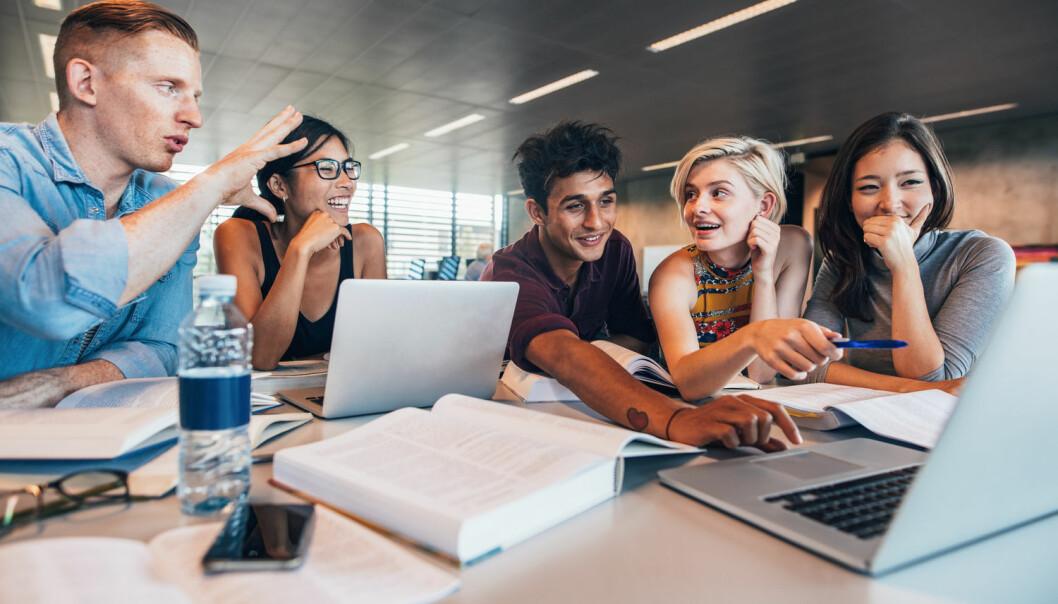 Australske forskere gjorde et forsøk der studenter skulle jobbe i grupper og vurdere hverandres ledelses-evner. [Illustrasjonsfoto: Jacob Lund / Shutterstock / NTB scanpix]