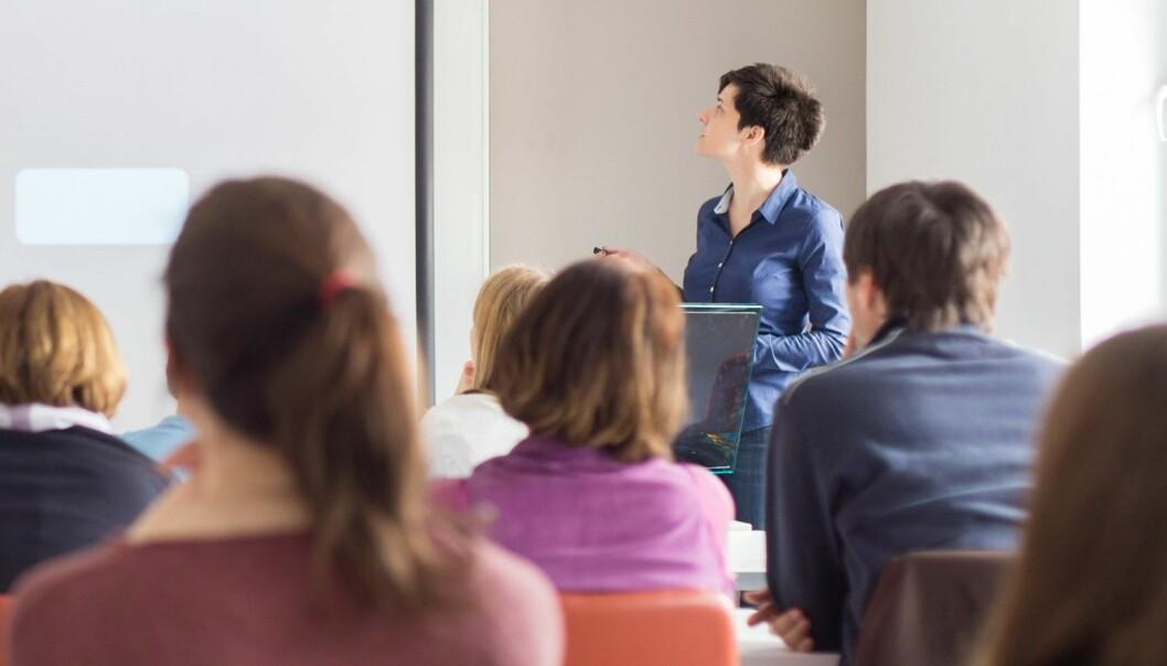 Det er like mange kvinner og menn i stipendiatstillingene, men det er få kvinner som blir professorer.  (Foto: Matej Kastelic / Shutterstock / NTB scanpix)