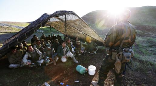 Hvorfor velger noen å dra i krig frivillig?