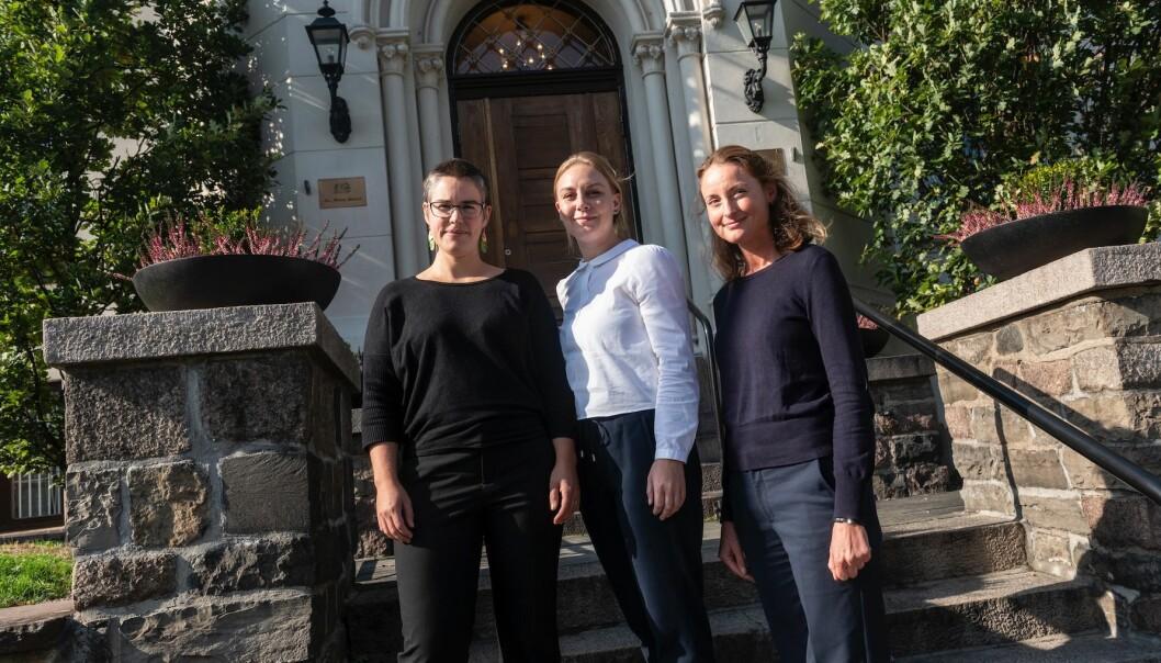 Nerina Weiss, Siri Høyem Kristiansen og Therese Sandrup presenterte nylig fersk forskning fra et stort prosjekt om radikalisering i Skandinavia i Oslo. (Foto: FFI)