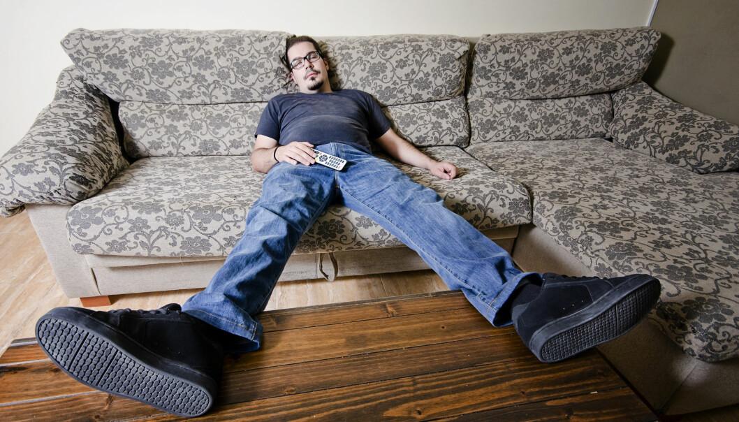 Sitter du fast i sofaen? Det kan være hjernens skyld. (Foto: FotoAndalucia / Shutterstock / NTB scanpix)