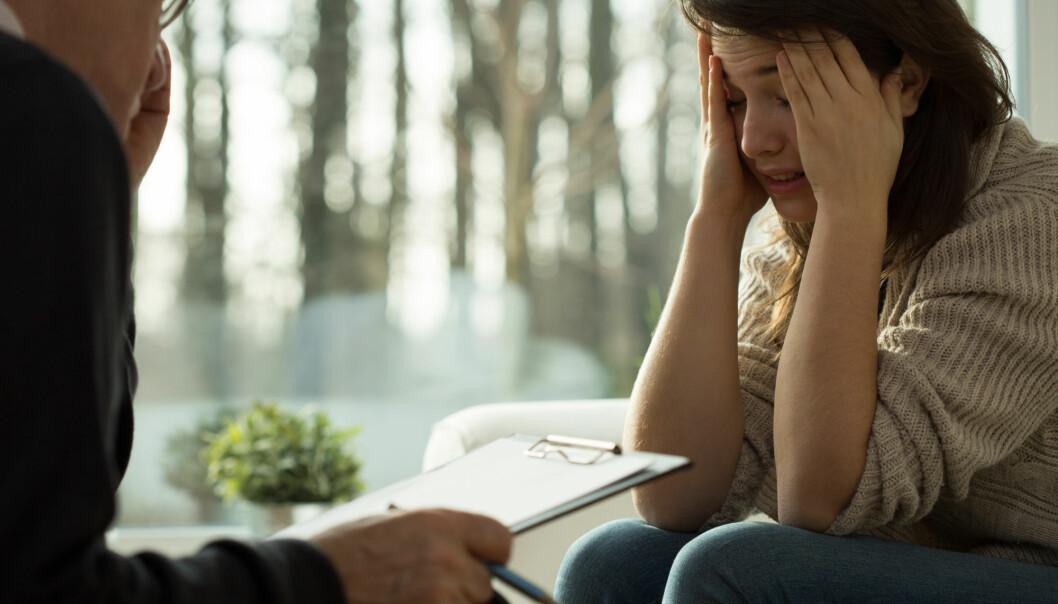 Metakognitiv terapi går ut på å ikke respondere på bekymringstanker. Du skal ikke analysere bekymringene, men distansere deg fra dem. Det er som å høre telefonen ringe og øve deg på å ikke ta den. (Illustrasjonsfoto: Photographee.eu / Shutterstock / NTB scanpix)