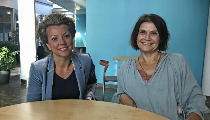 Seniorforskerne Line Lundvoll Warth (t.v) og Kari Dyb forsker på bruken av kjernejournal i helsetjenestene. (Foto: Lene Lundberg)