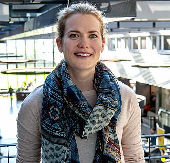Karoline Aksnes disputerte nyleg ved UiA. (Foto: Atle Christiansen)