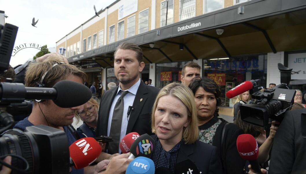 Sylvi Listhaug bruker ordet parallellsamfunn til å spre et usant rykte og gi ordet et innhold med forbindelser til «no-go»-soner og svenske tilstander, ifølge Anne Birgitta Nilsen. (Foto: Anders Wiklund / TT / NTB scanpix)