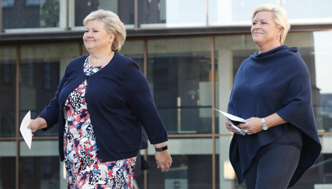 Flere kvinner på tinget betyr ikke nødvendigvis en endring av politisk kurs, selv med Erna Solberg (t.h.) som statsminister og Siv Jensen som finansminister, ifølge Elin Strand Larsen. (Foto: Cornelius Poppe / NTB scanpix)