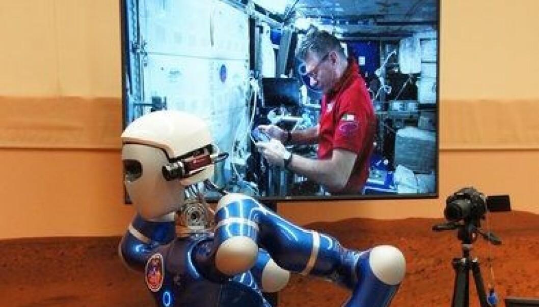 Styrte robot fra rommet
