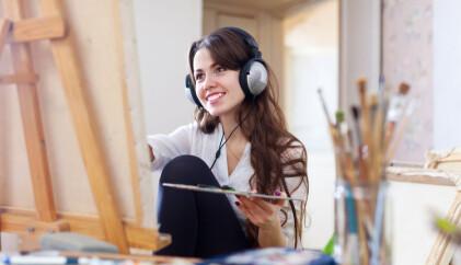 Glad musikk gjør deg bedre til å få nye ideer