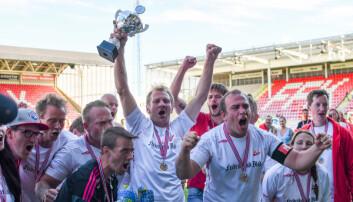 Slik så det ut da Gatelaget til Fredrikstad Fotballklubb vant NM for gatelag i 2017. Gatelaget er et lavterskeltilbud for rusavhengige menn og kvinner. (Foto: Kristian Bjerke / Fotballstiftelsen)