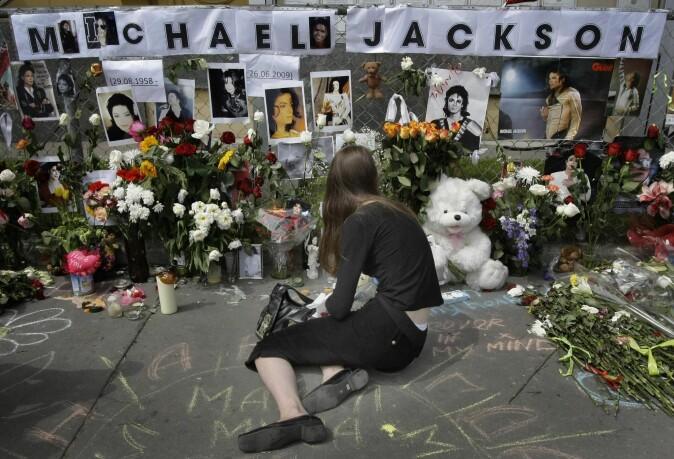 Mediedekningen av Michael Jacksons død i 2009 har blitt kritisert for å ha vært overdrevet. (Foto: AP Photo / Misha Japaridze / Shutterstock)