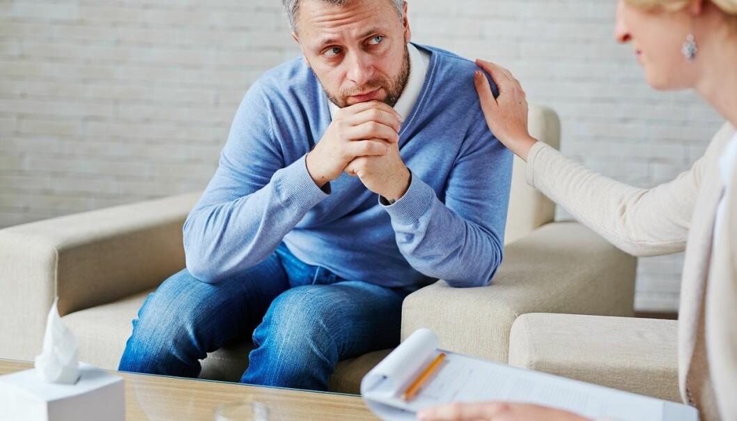 De som innrømmer flere feil som terapeut, får bedre resultater enn de som innrømmer færre feil, ifølge forskere.  (Foto: Colourbox)