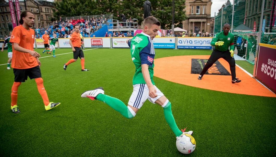 Nå skal studenter jobbe som fysioterapeuter under VM i gatefotball