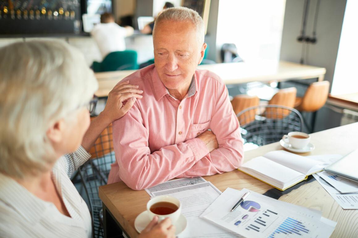 Mer kunnskap om vanlige helseplager og god støtte på arbeidsplassen kan redusere helseplager. (Illustrasjonsfoto: Colourbox)