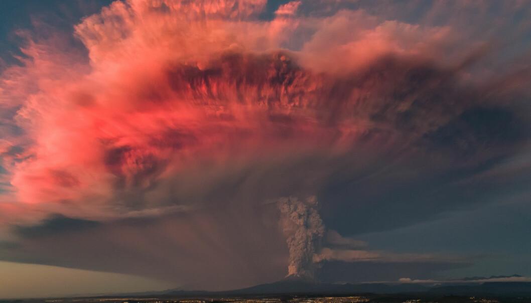 Et vulkanutbrudd for om lag 13 000 år siden betegnes som Europas siste virkelig store naturkatastrofe. Nå jobber forskere for å avdekke konsekvensene for plante-, dyre- og menneskelivet i steinalderens jeger/sanker-samfunn. (Foto: MAV Drone / Shutterstock / NTB scanpix)